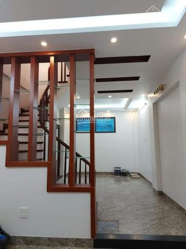 Nhà mới Nguyễn Khánh Toàn, 45m2, 5 tầng mặt tiền 4m ô tô đỗ cổng, gần phố, an sinh tốt 5 tỷ ảnh 0
