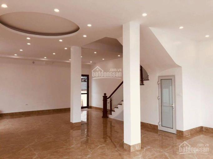 Cho thuê BT KĐT Dương Nội, 162m2 x 3 tầng, đã hoàn thiện cả 3 tầng, đường 27m, giá 25tr ảnh 0