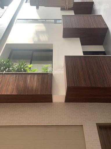 Bán nhà mới phân lô vip ngõ Tôn Đức Thắng 96m2x4T, MT 8m, 5PN ngõ rộng full nội thất, giá 17,8 tỷ ảnh 0